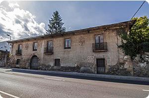 Casa blasonada en Camponaraya en el  camino de Santiago